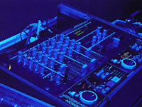 Vestax PCV150 mixer + Denon 1800F CD player